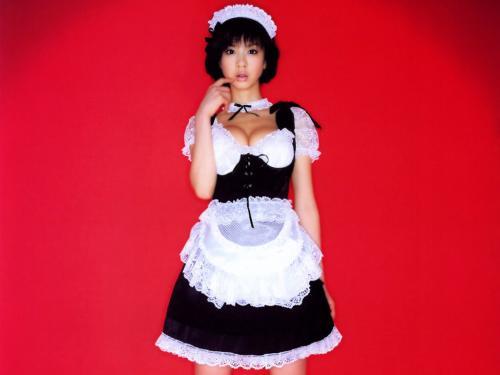 aki-hoshino-maid
